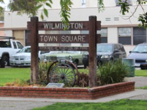 Wilmington Town Square Park Sign