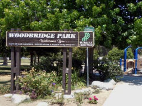 Woodbridge Park Sign
